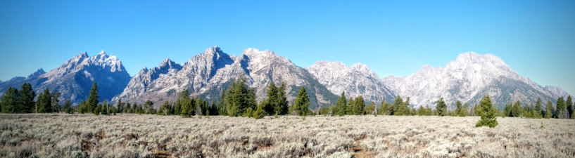 The peaks of Teton National Park.