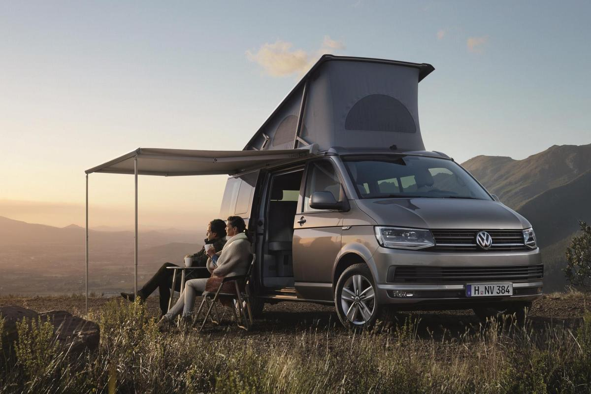 To A Large Degree The Vanlife Movement Owes Its Popularity Old School Pop Top VW Camper Van