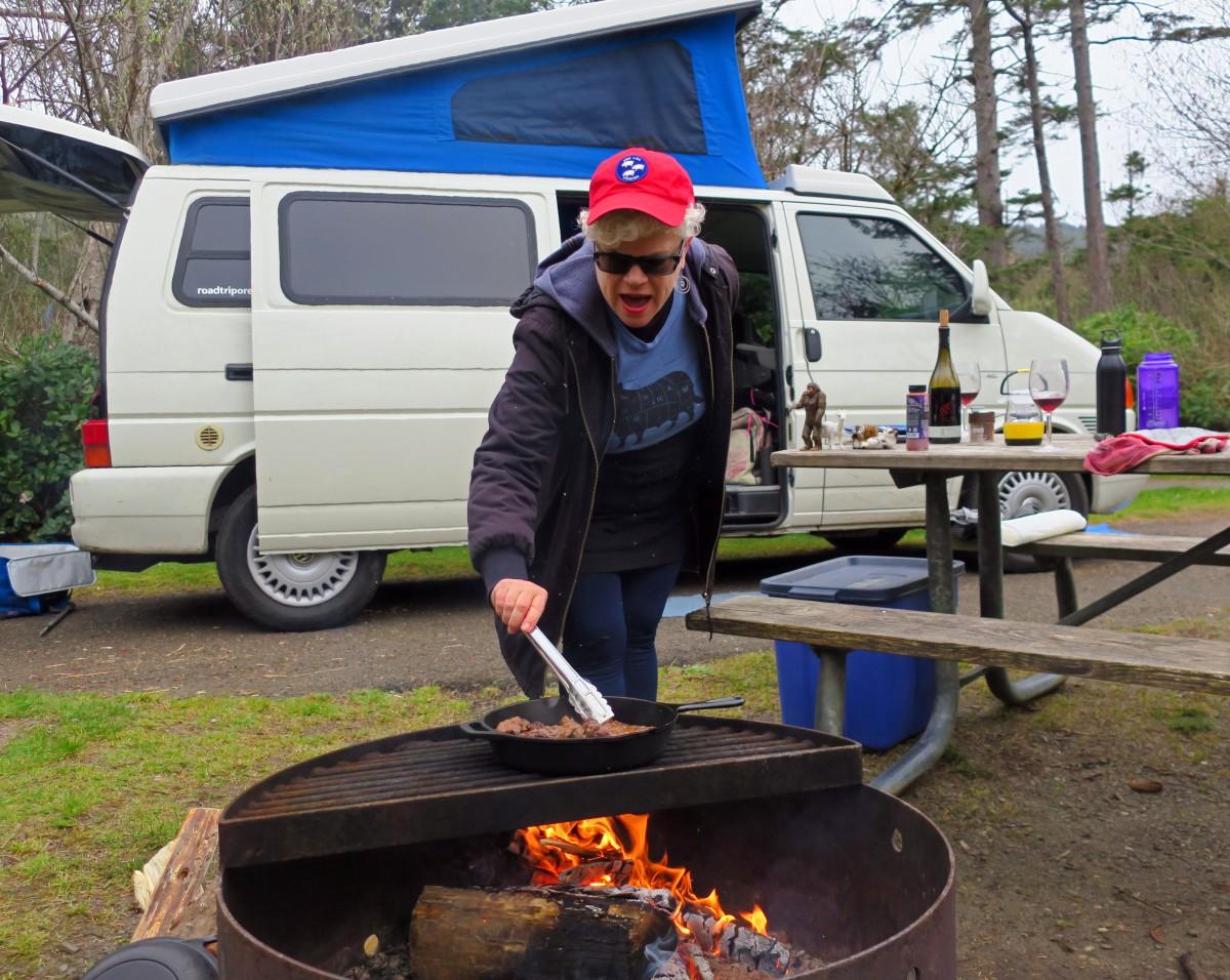 Leslie cooking