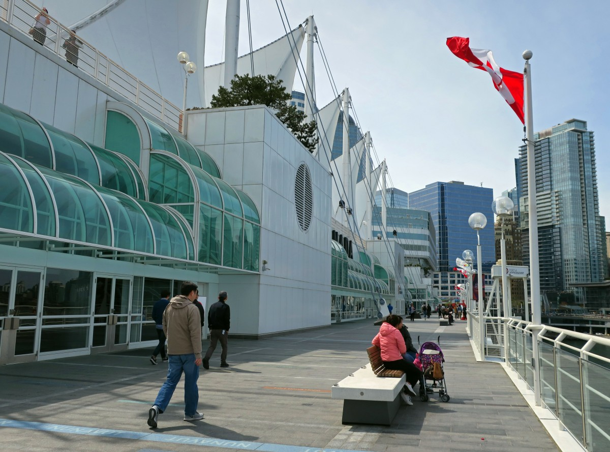 CanadaPlace2